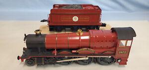LIONEL (LOT 17) HARRY POTTER 5972 HOGWARTS RAIL ENGINE/TENDER NEW.........TK..