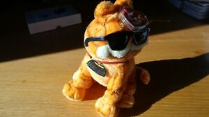 """2004 TY Beanie Baby - GARFIELD Cool Cat 7"""" inch Plush W/Sunglasses!"""