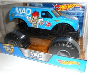 THE MAD SCIENTIST 1:24 Monster Jam, Auto Coche Cars Hot Wheels, original vehicle