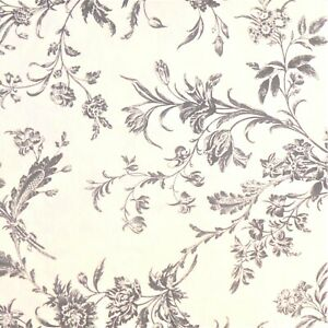 """WHITE COTTON GREY FLORAL 22"""" X 18"""" CRAFT FABRIC MATERIAL SEWING REMNANTS FQ e612"""