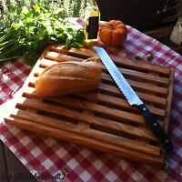 Brotschneidebrett mit Krümelrost Rost Brot Schneidebrett Olivenholz Holz flach!