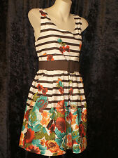 1950 Summer Cotton Dress with full circular skirt 2 tone floral pattern