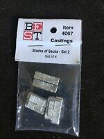 Bollinger Edgerly/BEST~#4057- HO~Metal Castings Stack of Sacks ~Small~Set of 4