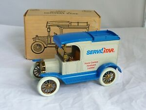 """ERTL 1913 Model """"T"""" Delivery Bank ( new in box )"""