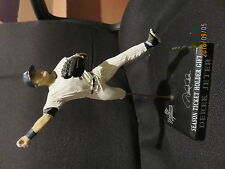 DEREK JETER STATUE STATEN ISLAND SEASON TICKET HOLDERS GIVEAWAY NEW YORK YAKEES