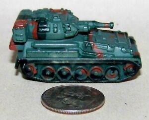 Very Small Micro Hot Wheels SP Gun (Self Propelled Artillery) in Blue/Green Camo