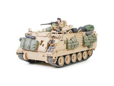 U.s. M113 A2 Armored Personnel Carrier Desert Version 1:35 Plastic Model Kit