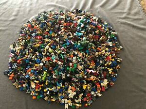 HUGE Lego Minifigure RANDOM LOT Of 500 MINIFIGURES  GOOD FIGURES
