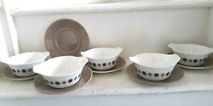 Vintage 1960s J & G Meakin Studio Pottery Allegro Design Soup dishes & saucers