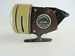 Vintage Sears Ted Williams 240 Spin Cast Fishing Reel Made in USA   #3043