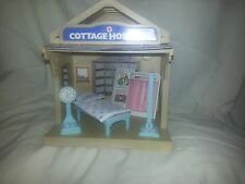 Sylvanian Families Cottage Hospital and accessories