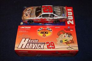 KEVIN HARVICK 2001 ACTION NASCAR 1:24 LOONEY TUNES TAZ TAZMANIAN DEVIL (VN30)