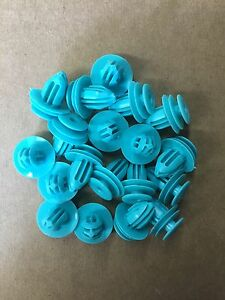 QTY 25: Teal Trim Panel Nylon Retainer Clips For Toyota 90467-10188 USA SELLER