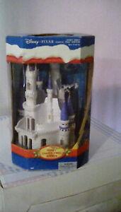 Disney Pixar Castle Cake Topper(2002)