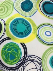 Michelle McGann By bette & court  Women's Golf Shorts Bright circles fun Size 8