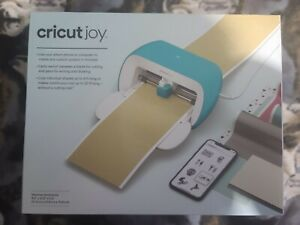 NEW Cricut Joy 2007813 Compact and Portable DIY Machine