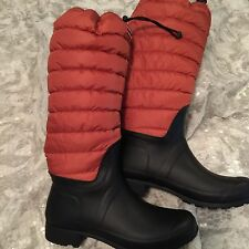 Hunter Women's Boot Size 10 Black Orange Quilted leg Rubber Sole Rain Winter