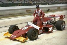 Clay Regazzoni 1977 Indy INDIANAPOLIS 500 F1 papel fotográfico con autógrafo firmado