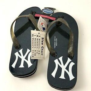 New York Yankees Logo Flip Flop Sandals Women's Size 5/6 Small