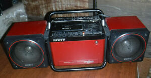 VINTAGE SONY CFS 700 TRANSOUND BOOMBOX AM FM HIGH POWER GHETTO BLASTER NICE L@@K