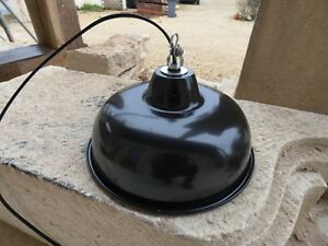 Lampe Abat Jour Industriel Suspension Métal Tôle émaillée Noire Atelier Usine