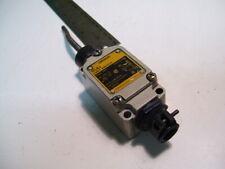 "OMRON WLNT LIMIT SWITCH WOBBLE TYPE NO/NC 10A/120-480VAC 3"" LONG ARM P4099C"