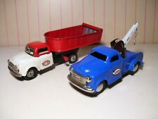 2 Japan tin friction Trucks, Wrecker & Dump EXC+++