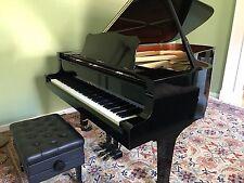 Yamaha C7 Conservatory Grand Piano  Absolutely gorgeous Polished Ebony Finished
