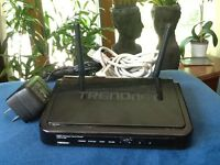 TREND NET  N300 Wireless Home Router~TEW-731BR