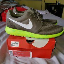 Nike Rosherun Camo Green OG Size 12 669985-200