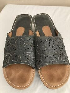 ARIAT Women's Charcoal Leather Mule Sandal Slip-on Floral Stitch's Size 9 B