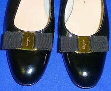 WONDERFUL 10 AA 2A FERRAGAMO VARA BOW BLACK PATENT LEATHER WOMENS LOW PUMP SHOES