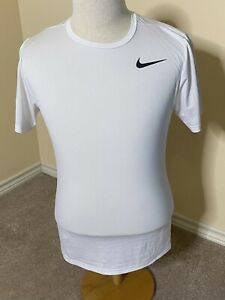 Mens White Nike DriFit Activewear Shirt - Small