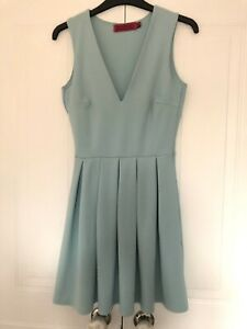 Boohoo Mint Green Skater Dress Size 10 Sleeveless V Neck Pleated Skirt Stretch