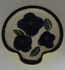 LIBERTY POTTERY ROSCOE VILLAGE OHIO 2004 POTTERY LARGE SPOON REST BLUE/YELLOW