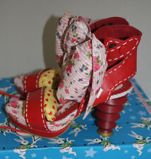 POETIC LICENCE SIZE 6.5 WOMENS SHOES FABRIC FOOTWORK RED WHITE WILD HEELS BOW