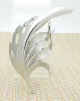 Crown TRIFARI Silver Tone Feather Leaf Pin Brooch Vintage