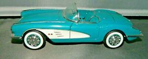 Franklin Mint 1:24th Scale Blue 1960 Chevrolet Corvette, Precision Models, Used