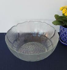 Set of 2 Arcoroc Clear Fleur 9 Inch Serving Bowl Sculptured Rim Made in France