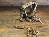 22622 Antique WOODS   Steel #3 Animal  Rustic Vintage Trapper Cabin decor