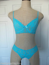 Hanky Panky True Blue Signature Lace GLAM Wire Free Bra 32C & Low Rise Thong O/S