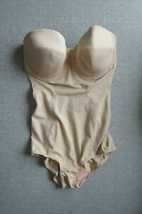 CHARNOS SUPERFIT BEIGE UNDERWIRED LIGHTLY PADDED 34E BODYSUIT