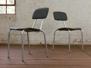 1/60 Kantinenstuhl Schulstuhl Stahlrohrstuhl DDR VEB Stuhl Vintage Chair 70er
