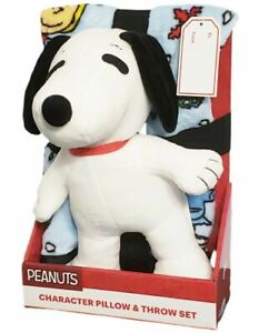 Peanuts Snoopy From Charlie Brown Character Pillow & Throw Set