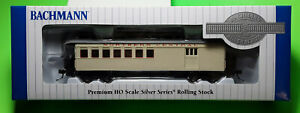 Bachmann HO Scale 1/87 Old Time Wood Coach Combine Clerestory Roof Train Car NEW