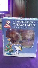 Running Press Mini Globe/Book Peanuts- A Charlie Browns Xmas Snow Globe/48 pg Bk