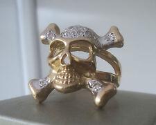 Superb  LARGE 9ct Gold Skull & Crossbones Ring  13.7 grams  -  size U
