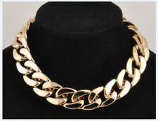 Collares y colgantes de bisutería brillante color principal oro