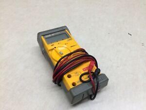 Fluke 32 Multimeter w/ Protective Case & Leads AC DC Ohms Beeper