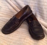 Womens BORN Shoes, Size: 6 M,  retail for $115, Black , Great Condition